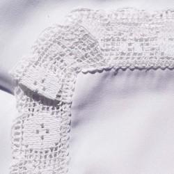 Mantel de género Blanco con puntilla grande