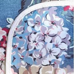 Mantel Impermeable hortensias celeste