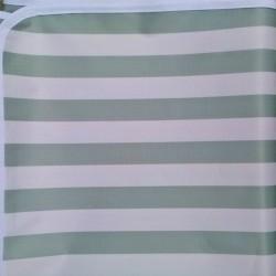 Mantel Impermeable rayado blanco y verde