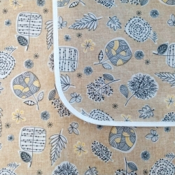 Mantel impermeable Dibujos Orientales Beige