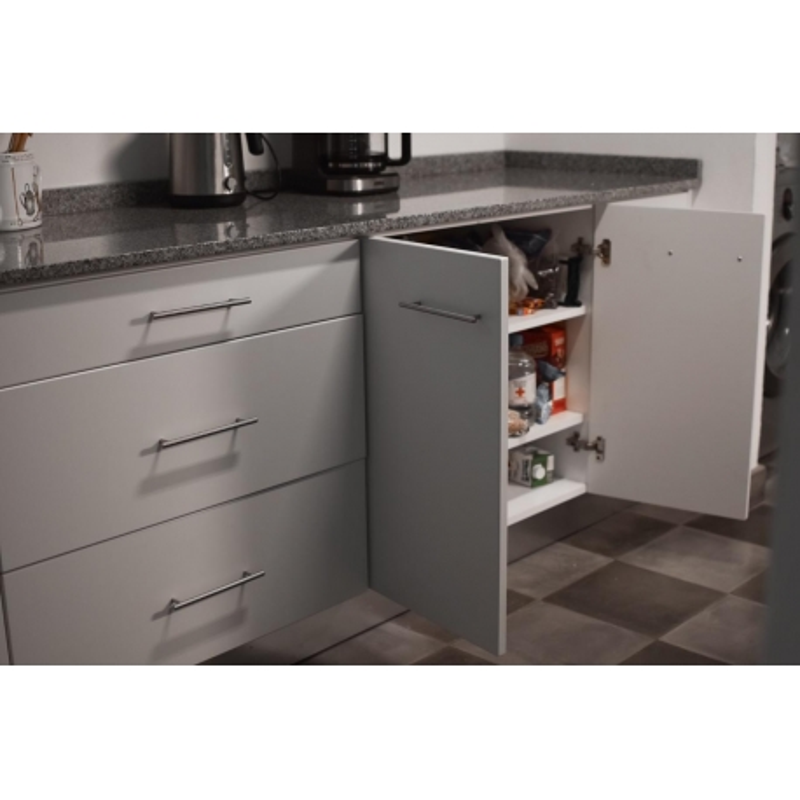 Mueble de cocina Pili a medida melamina gris y alerce